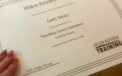 Review: Handling Upset Customers Course by Helen Pettifer Training